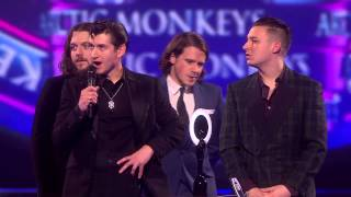 Arctic Monkeys win Best ALBUM Award for AM at BRIT Awards 2014