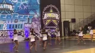 MU cheer and Dance / What is pom?